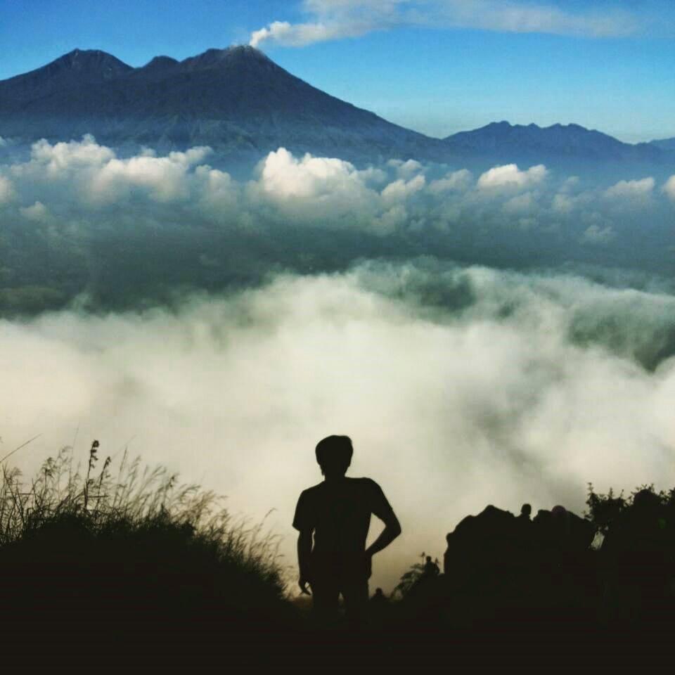 5 Tips Naik Gunung Saat Berpuasa
