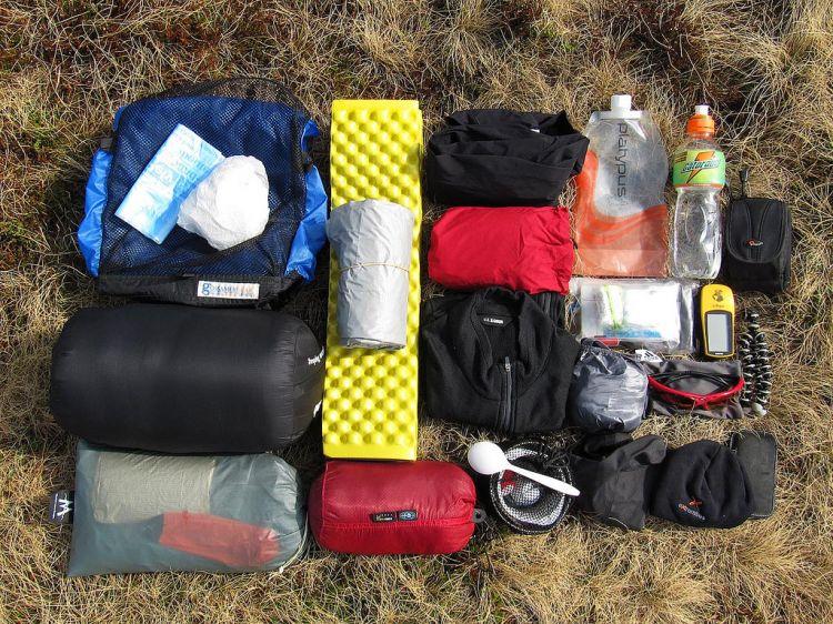 https://ngetricks.com/wp-content/uploads/2018/05/750xauto-ultralight-backpacking-teknik-pangkas-berat-bawaan-selama-mendaki-151203y.jpg